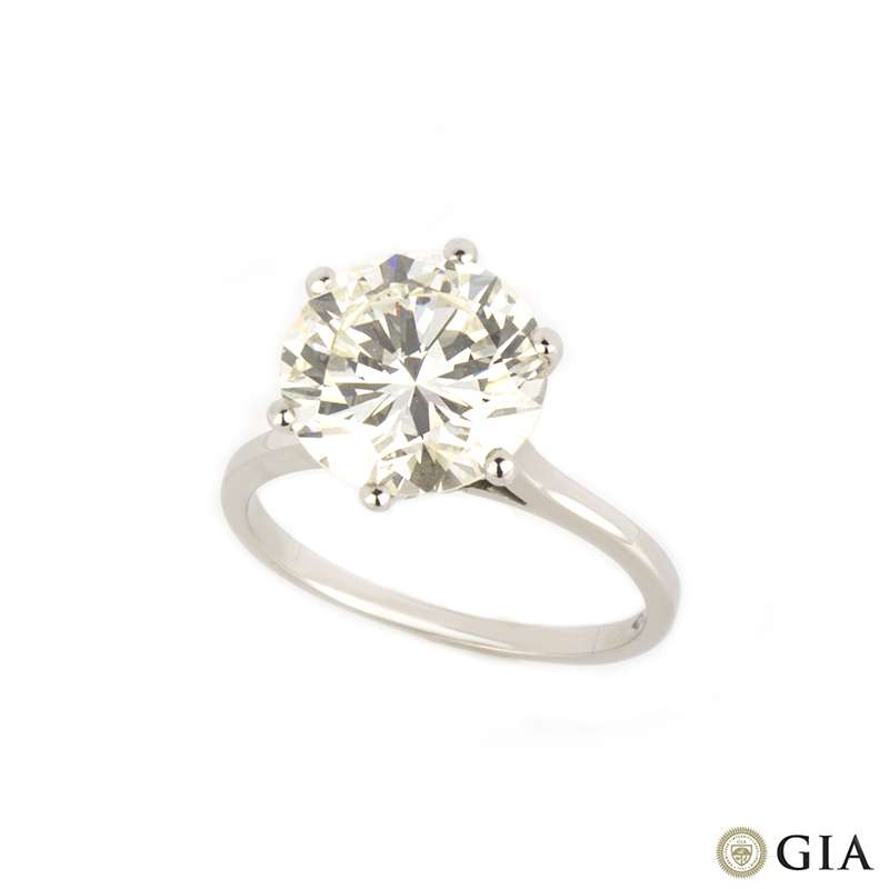 Round Brilliant Cut Diamond Ring in Platinum 4.02ct J/VS2